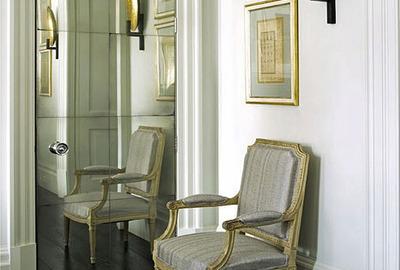 Master-Bedroom-Classic-Antique-Mirror-Door