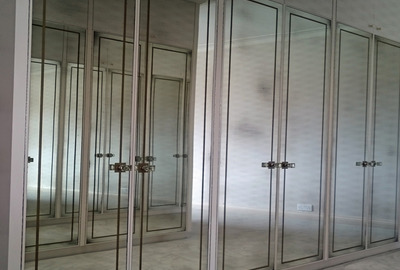 Classic-Medium-Gold-Etched-Antique-Mirror-Wardrobe-Doors