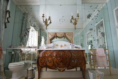 Brilliant-cut-antique-mirror-bathroom-vanity