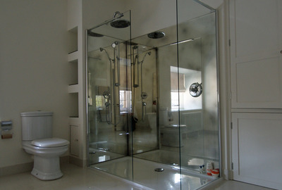 Large-Antique-Mirror-Shower-Splashback
