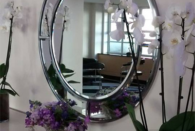 Circle-Bevelled-Mirror-Foyer-London